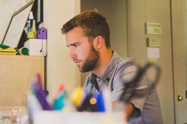 Jak napisać CV do pracy?