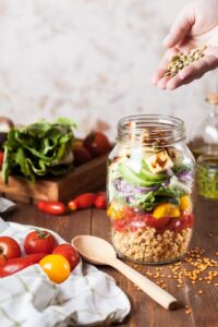 nasiona, nasiona do sałatki, pestki dyni, pestki słonecznika, sezam, nasiona sezamu, nasiona na diecie