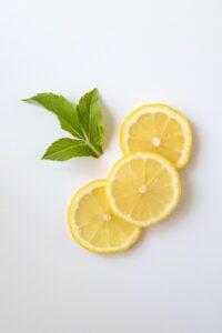 suplementy, suplementacja, dieta, odchudzanie, witamina d, witamina c, omega 3, palacze tłuszczu, jak schudnąć