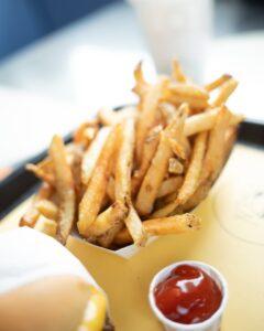 szkodliwe substancje w żywności, szkodliwe substancje w pożywieniu, tłuszcze trans, cukier, syrop glukozowo-fuktozowy
