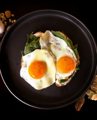 białko, jak jeść więcej białka, białko na diecie, zapotrzebowanie na białko, ile białka w posiłku, makroskładniki, dieta odchudzająca, niedobór białka, nadmiar białka