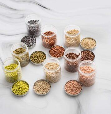 strączki, rośliny strączkowe, soja, groch, ciecierzyca, cieciorka, soczewica, soczewica czerwona, fasola, dlaczego warto jeść strączki, dieta wegańska, źródła białka dla wegan